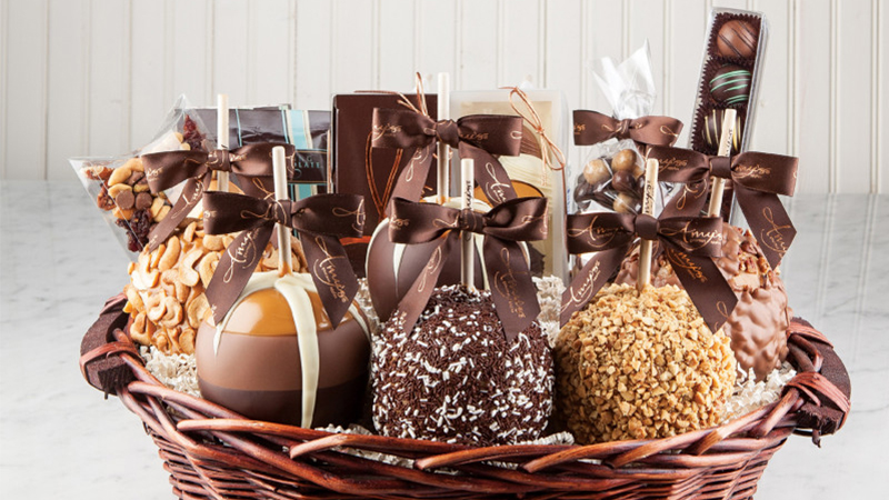 epic-caramel-apples-basket-800x450